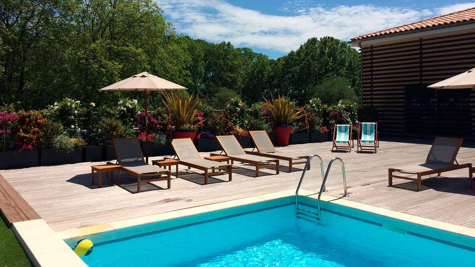 Vichy Thermalia Spa Hotel Montpellier Juvignac - EDIT_pool3.jpg