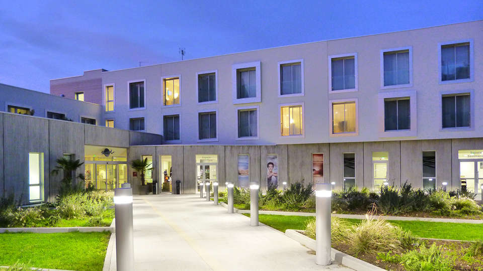 Hotel de la Baie Thalassothérapie Previthal - edit_front.jpg