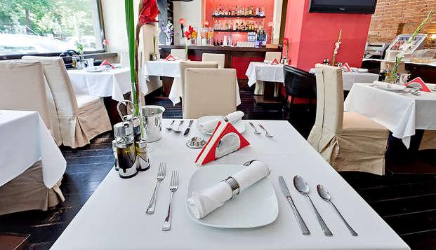 Recorre la ciudad de Bucarest y disfruta de sus delicias culinarias (desde 2 noches)