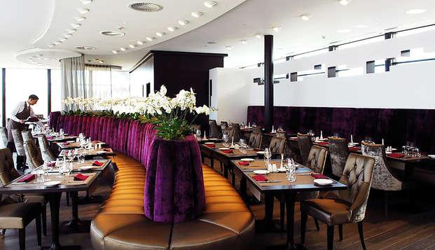 Verwen jezelf met een uitgebreid diner in een vijfsterrenhotel in Luik