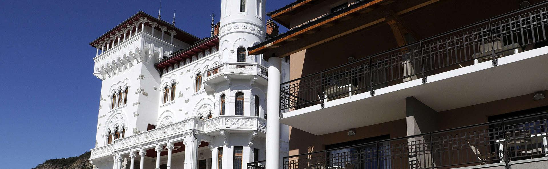 Château Des Magnans - edit_facade7.jpg