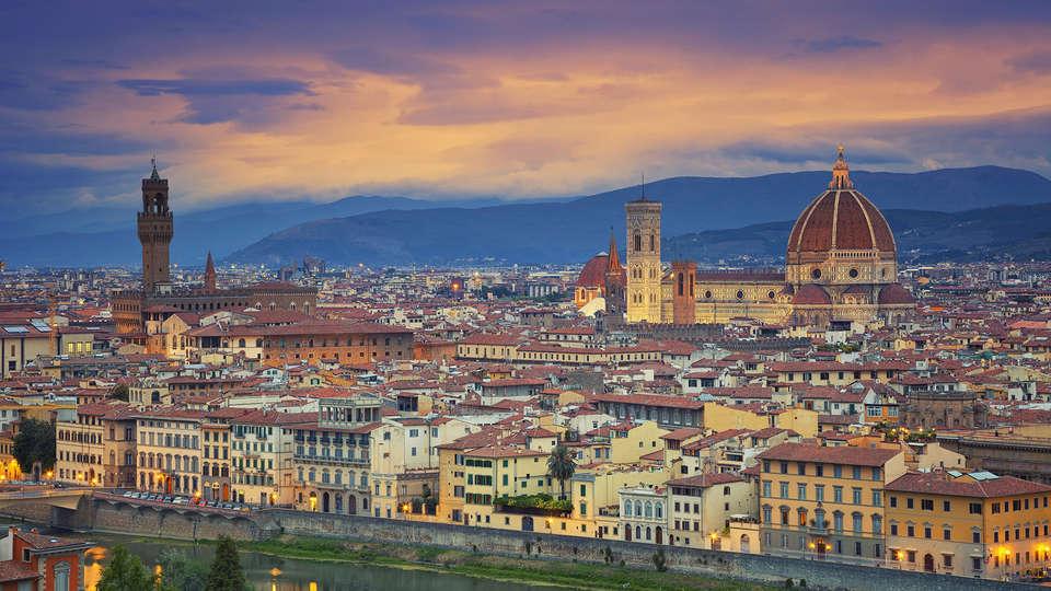 Weekend Romantico Firenze con Scatola di cioccolatini a ...