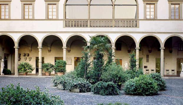 Soggiorno Romantico in Superior nella splendida Firenze con bottiglia di spumante e cioccolatini