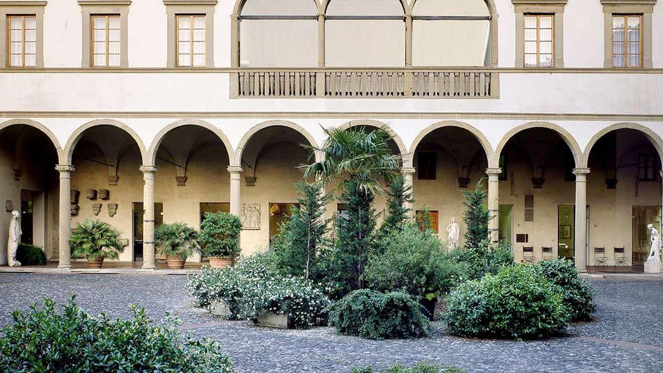 Hotel Palazzo Ricasoli - Edit_Garden2.jpg