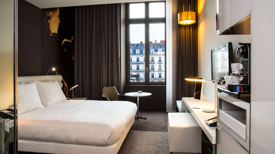 Hôtel Radisson Blu Nantes - EDIT_room.jpg