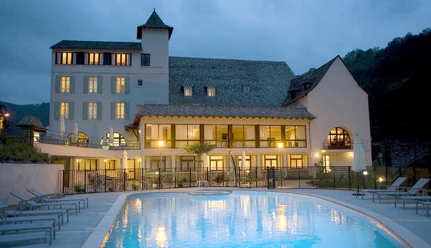 Hotel la Riviere - Front