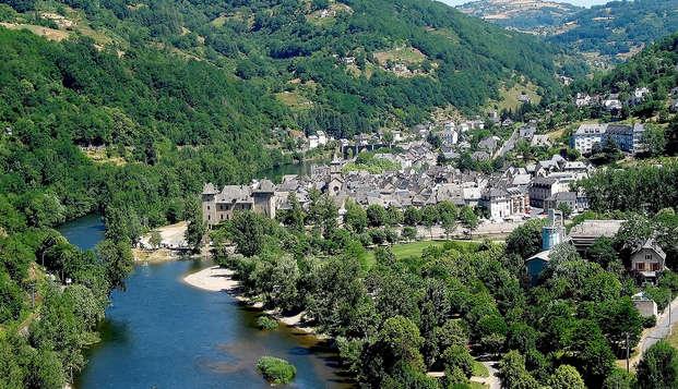 Hotel la Riviere - Destination