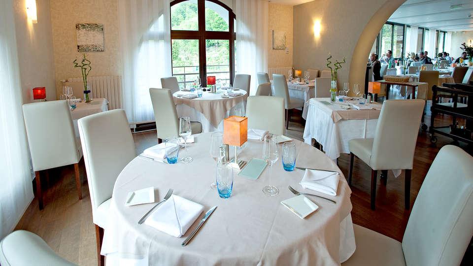 Hôtel la Rivière - Edit_Restaurant.jpg