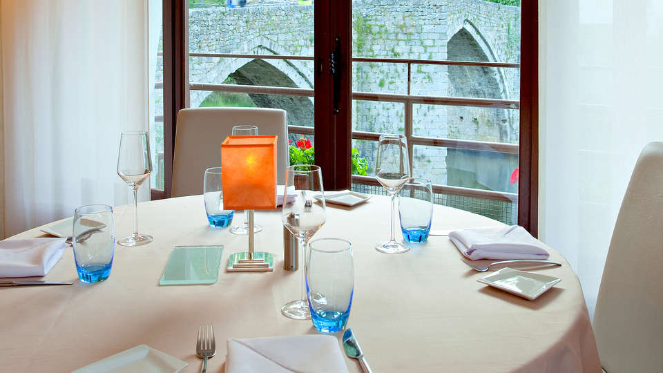 Hôtel la Rivière - Edit_Restaurant5.jpg