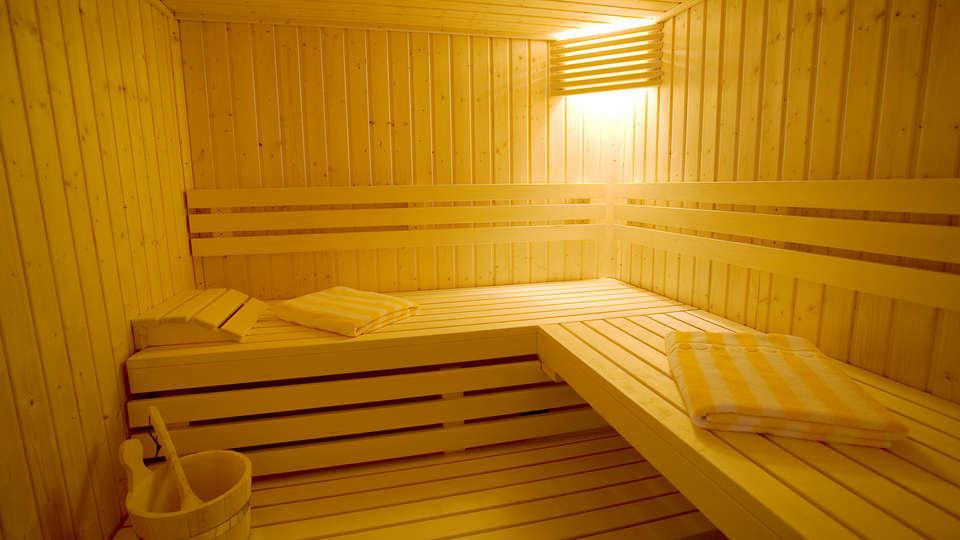 Hôtel la Rivière - Edit_Sauna.jpg