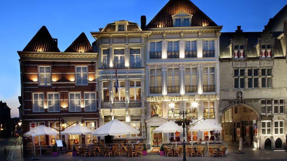 Grand Hotel de Draak - edit_front.jpg