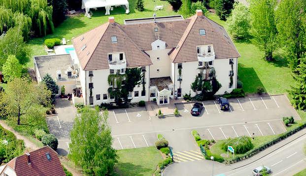 Hotel Les Jardins d Adalric - Obernai - Front