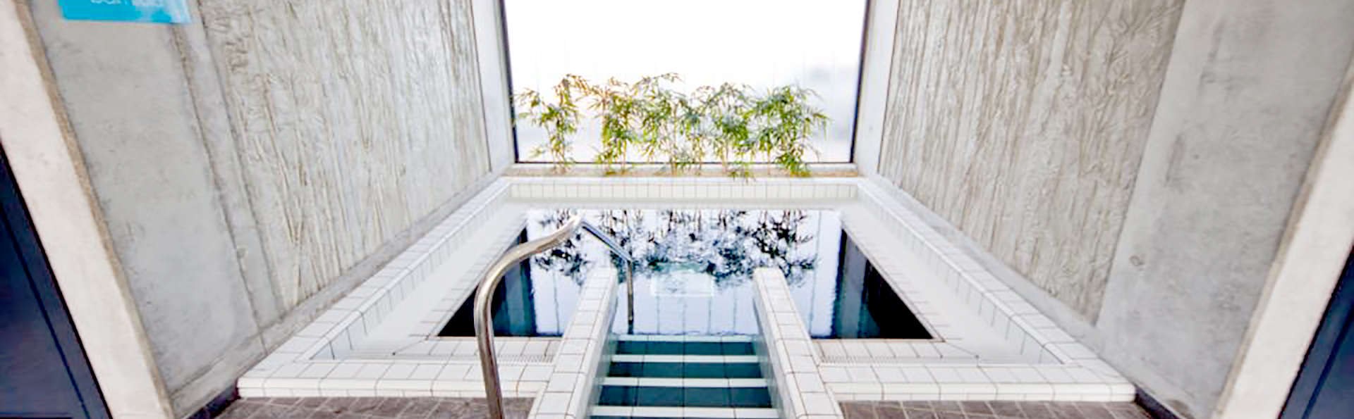 Hôtel Les Jardins d'Adalric - Obernai - Edit_Pool4.jpg