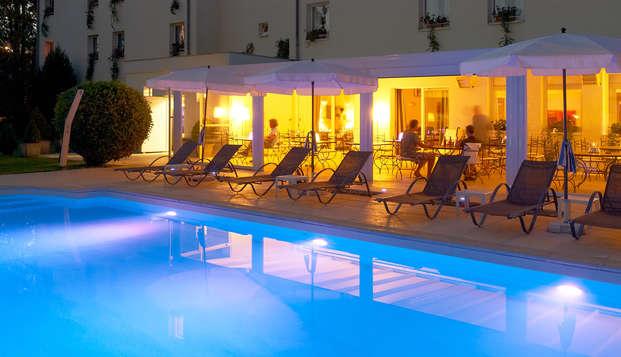 Hotel Les Jardins d Adalric - Obernai - Pool
