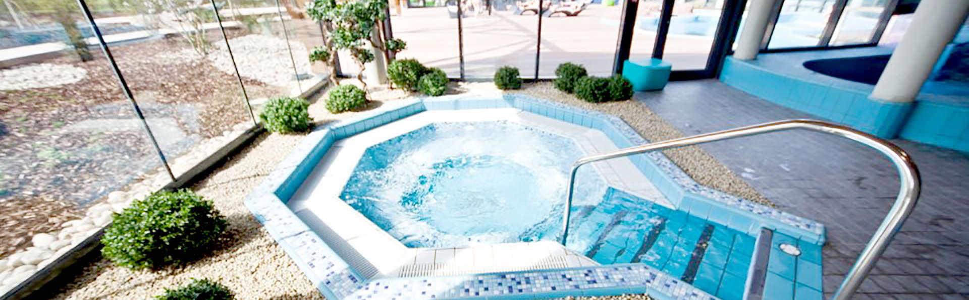 week end spa obernai avec 1 entr e au parc aquatique l 39 o pour 2 adultes partir de 129. Black Bedroom Furniture Sets. Home Design Ideas