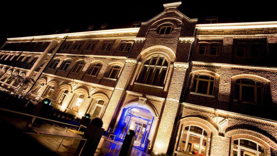 Van der Valk Hotel Verviers - edit_facade2.jpg