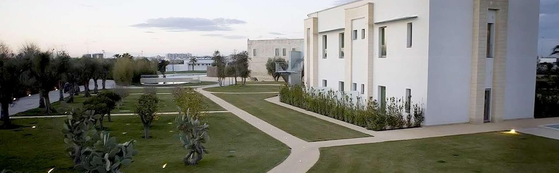 Art Hotel & Park Lecce - Edit_Front.jpg