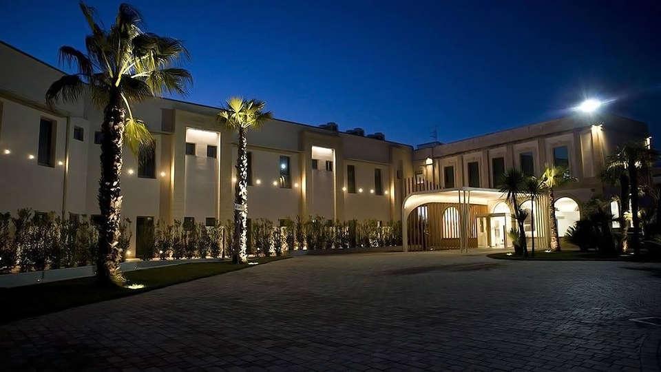 Art Hotel & Park Lecce - Edit_Front3.jpg