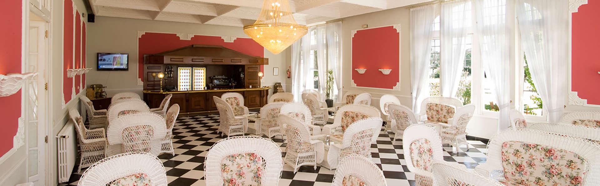 Escapada con cena y circuito termal en un palacio del s. XVIII cerca de Valladolid (desde 2 noches)