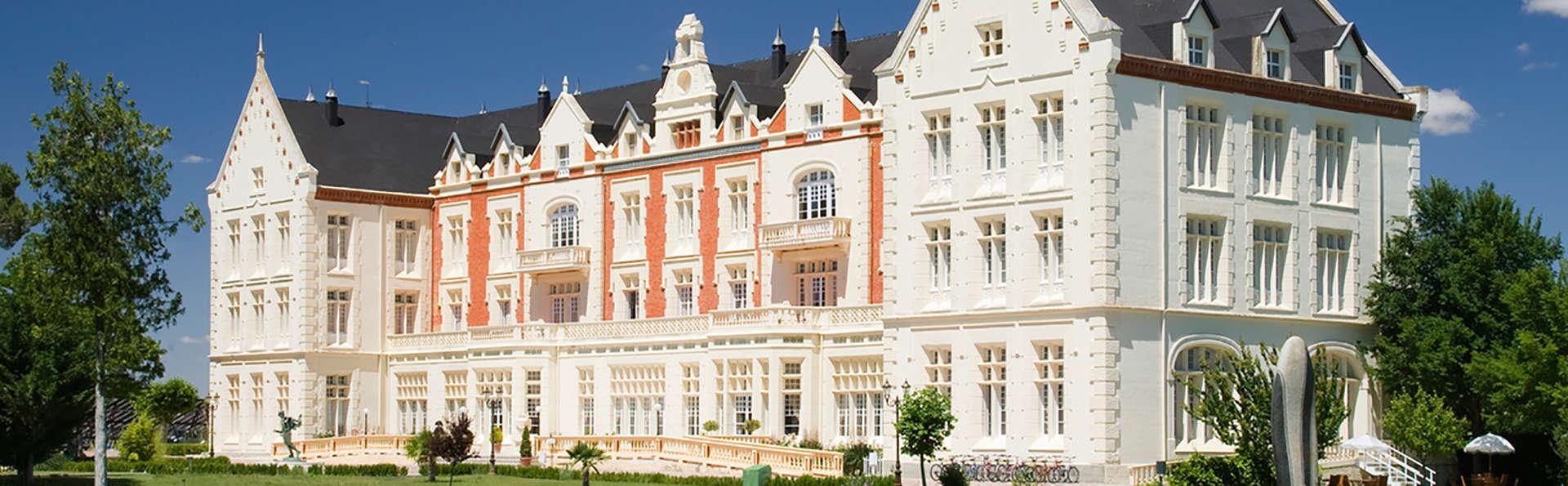 Balneario Hotel Palacio de las Salinas - EDIT_front.jpg