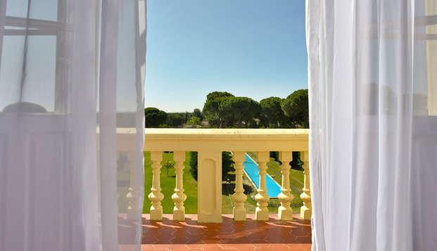 Escapada romántica en media pensión y circuito termal en un antiguo palacio (desde 2 noches)
