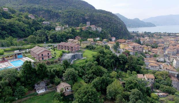 Appartamento immerso nel verde proprio sulle sponde del Lago di Como!