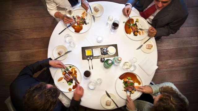Dîner gastronomique 5 plats pour 2 adultes