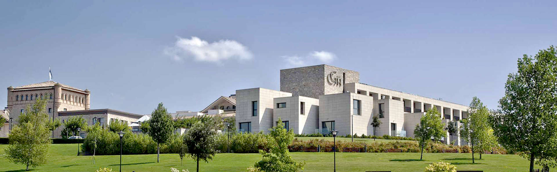 Castillo de Gorraiz Hotel Golf & Spa - Edit_Front2.jpg