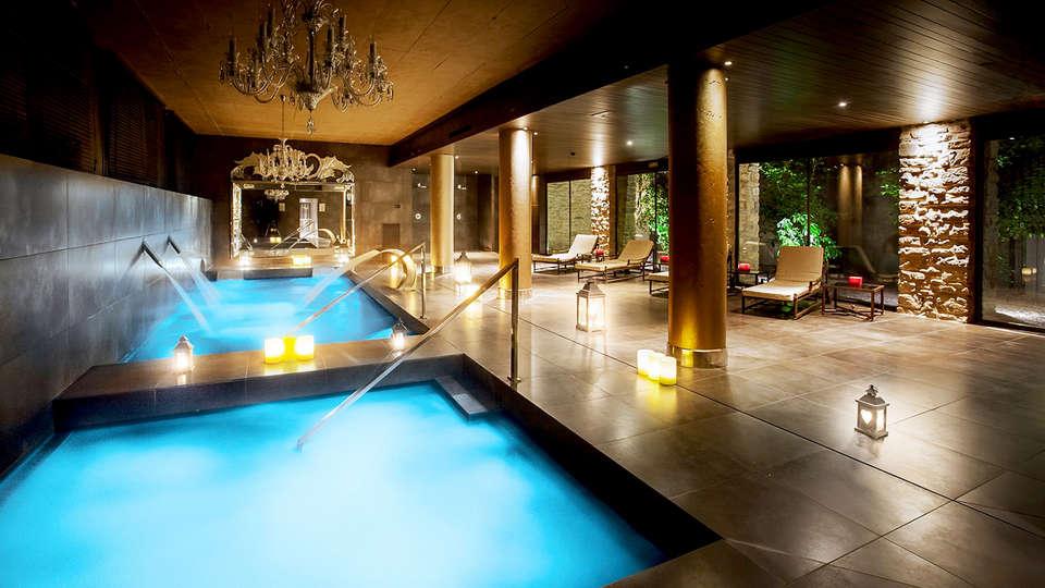 Castillo de Gorraiz Hotel Golf & Spa - Edit_Spa.jpg
