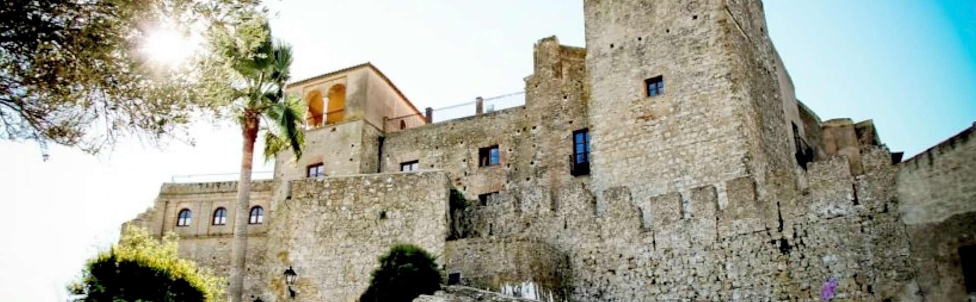Complejo Rural Castillo Castellar - Edit_Castle.jpg