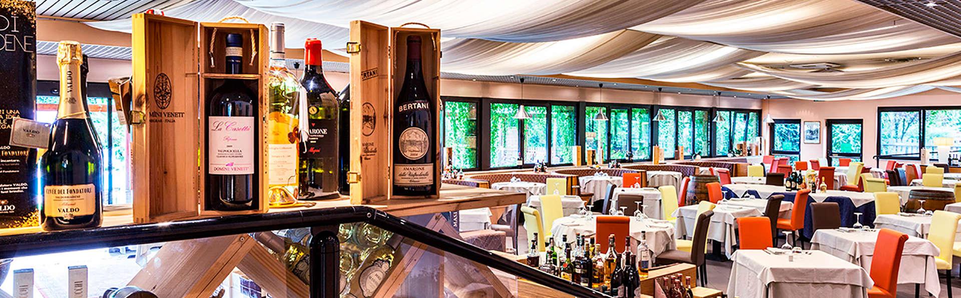 Hotel Saccardi & Spa - EDIT_restaurant1.jpg