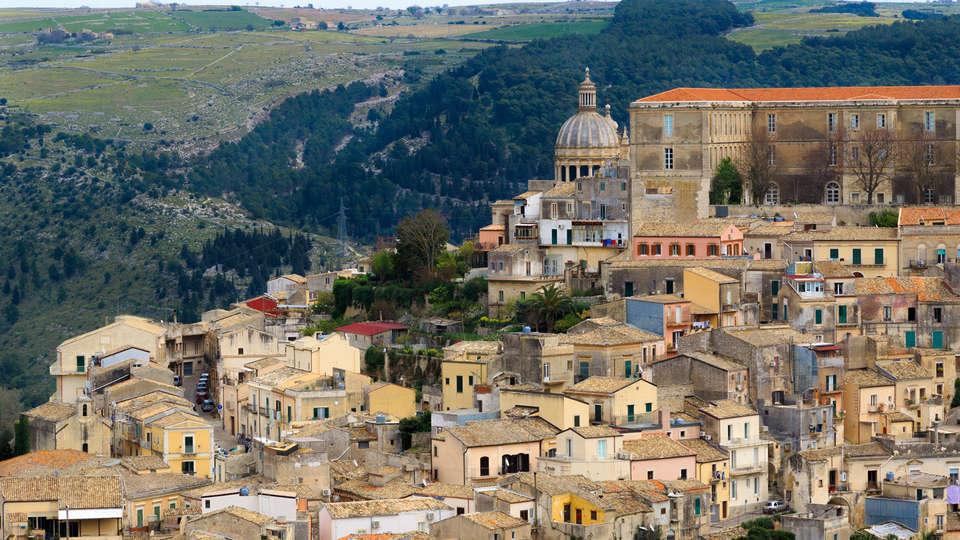 Villa Principe di Belmonte - Edit_Destination3.jpg