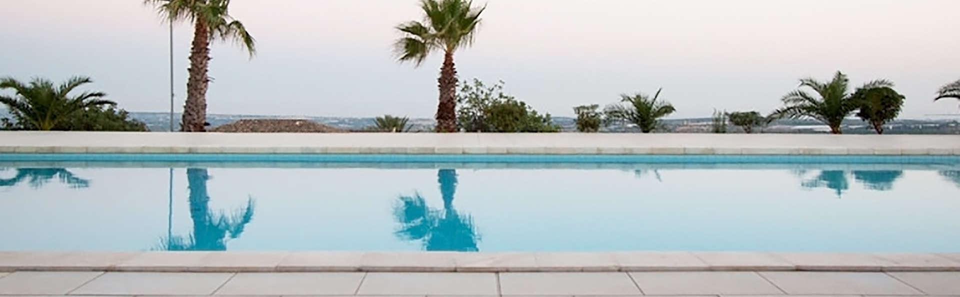 Villa Principe di Belmonte - Edit_Pool2.jpg