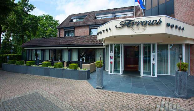 Hotel Arrows - front