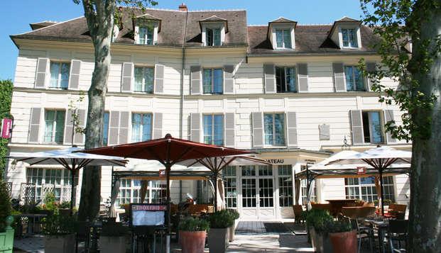 Mercure Relays du Chateau Rambouillet - front