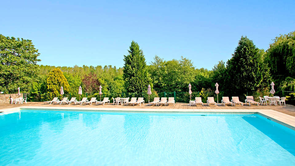 Château de Périgny  - EDIT_pool.jpg