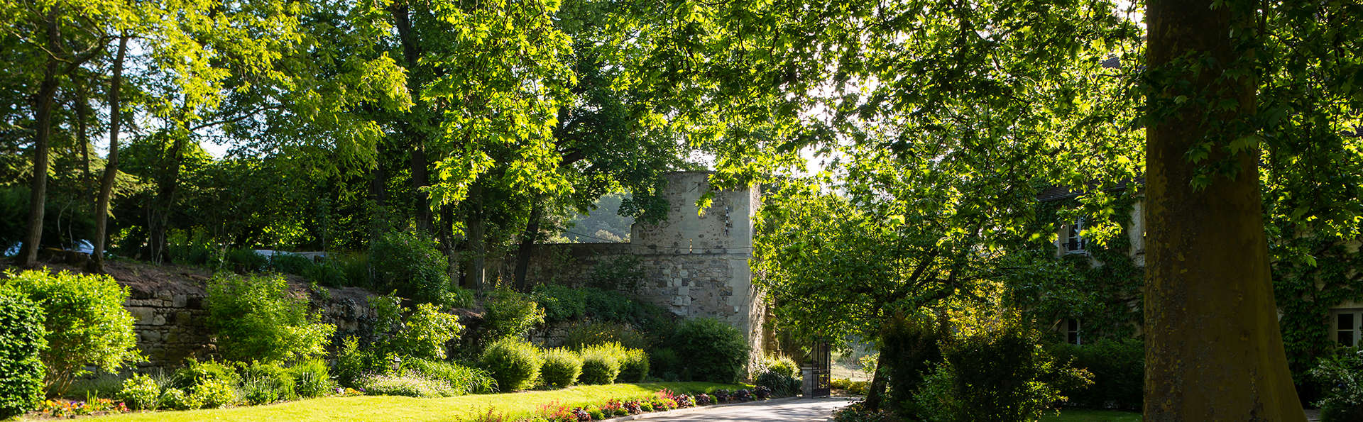 Château de Fere - edit_ENTREE_DU_CHATEAU.jpg