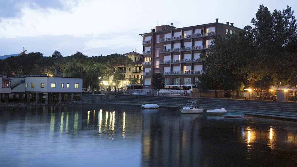 Hotel Lidò - Edit_Front.jpg
