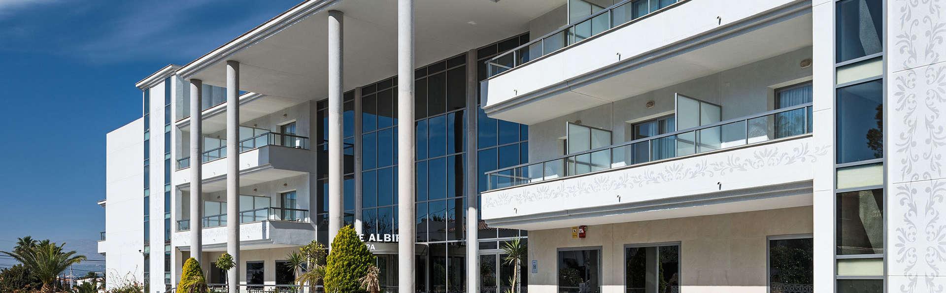Hotel Sun Palace Albir - EDIT_front2.jpg