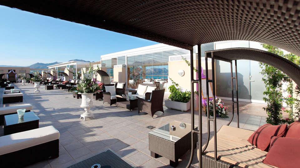 Hotel Sun Palace Albir - EDIT_terrace55.jpg