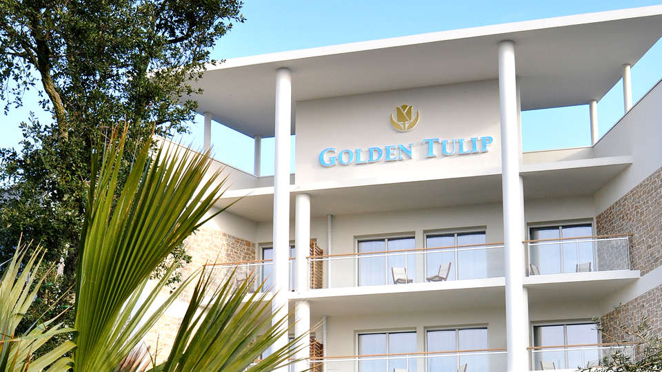 Golden Tulip Carquefou Suites - Edit_front3.jpg