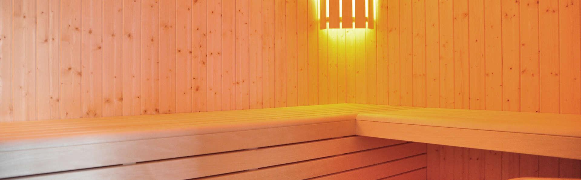 Golden Tulip Carquefou Suites - Edit_Sauna2.jpg
