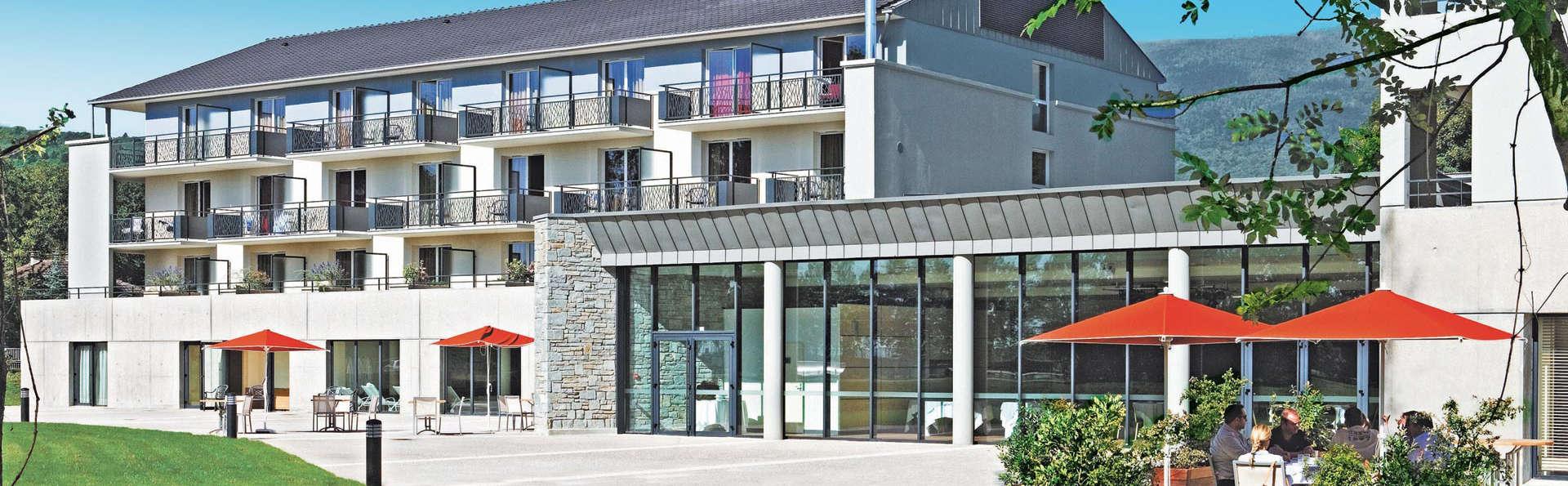 Hôtel Vacances Bleues - La Villa du Lac et Spa - edit_facade.jpg