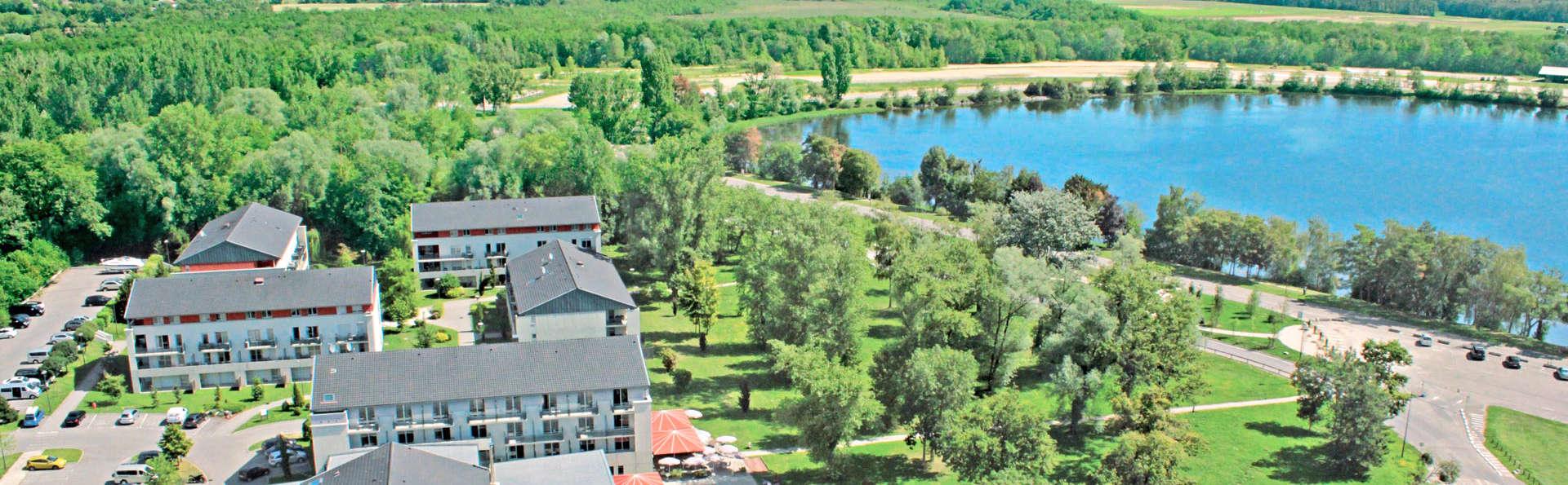 Hôtel Vacances Bleues - La Villa du Lac et Spa - edit_totalview.jpg