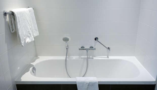 Crowne Plaza Den Haag - Promenade Hotel - Bathroom