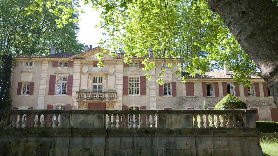 Château de Roussan - EDIT_front13.jpg