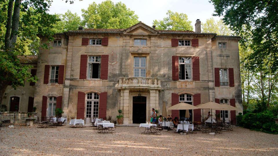 Château de Roussan - EDIT_front22.jpg