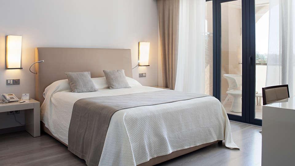 Hotel AR Golf Almerimar - EDIT_room2.jpg