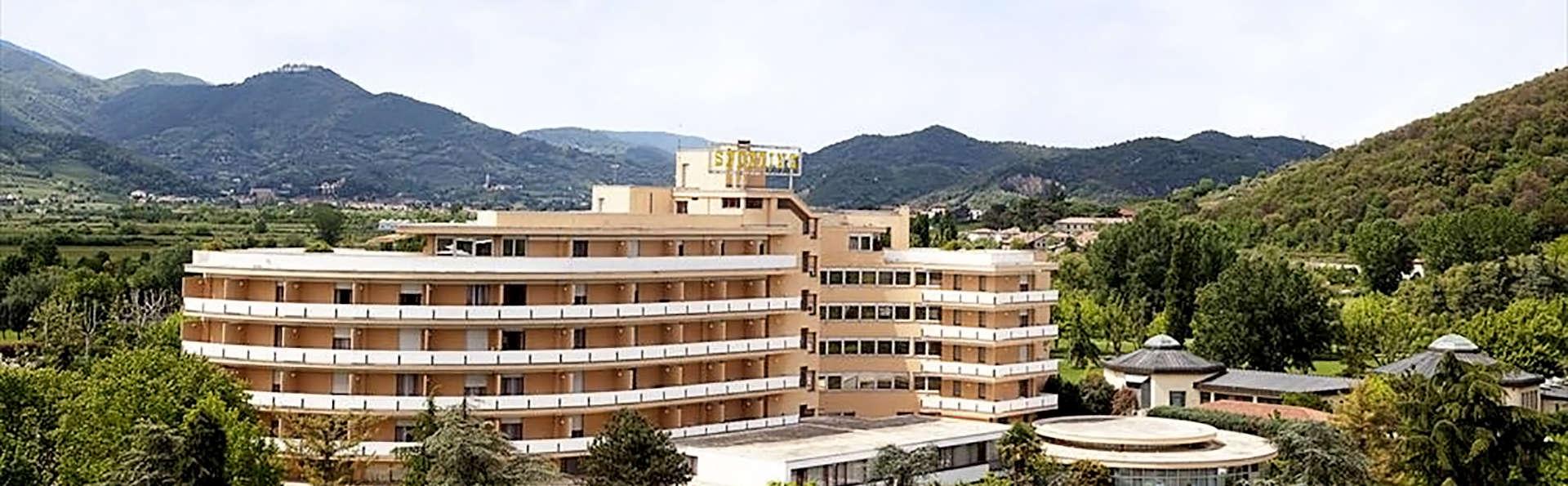 Hotel Sporting - edit_Front.jpg