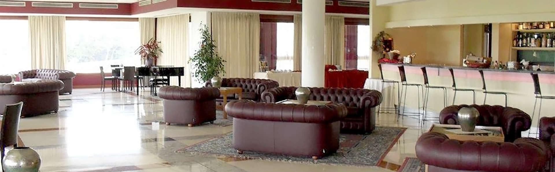 Eurocongressi Hotel - Edit_Hall.jpg